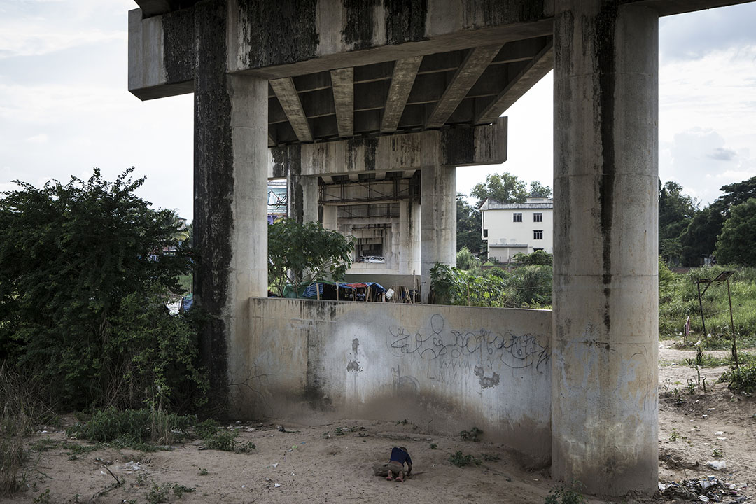 泰緬友誼大橋。攝 : Mathieu Willcocks/端傳媒