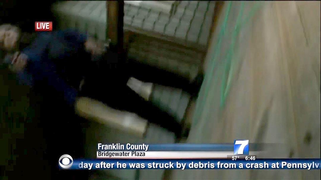 被殺攝影師亞當·沃德(Adam Ward)倒下前最後一刻拍到行凶者影像。攝 : AFP/Handout