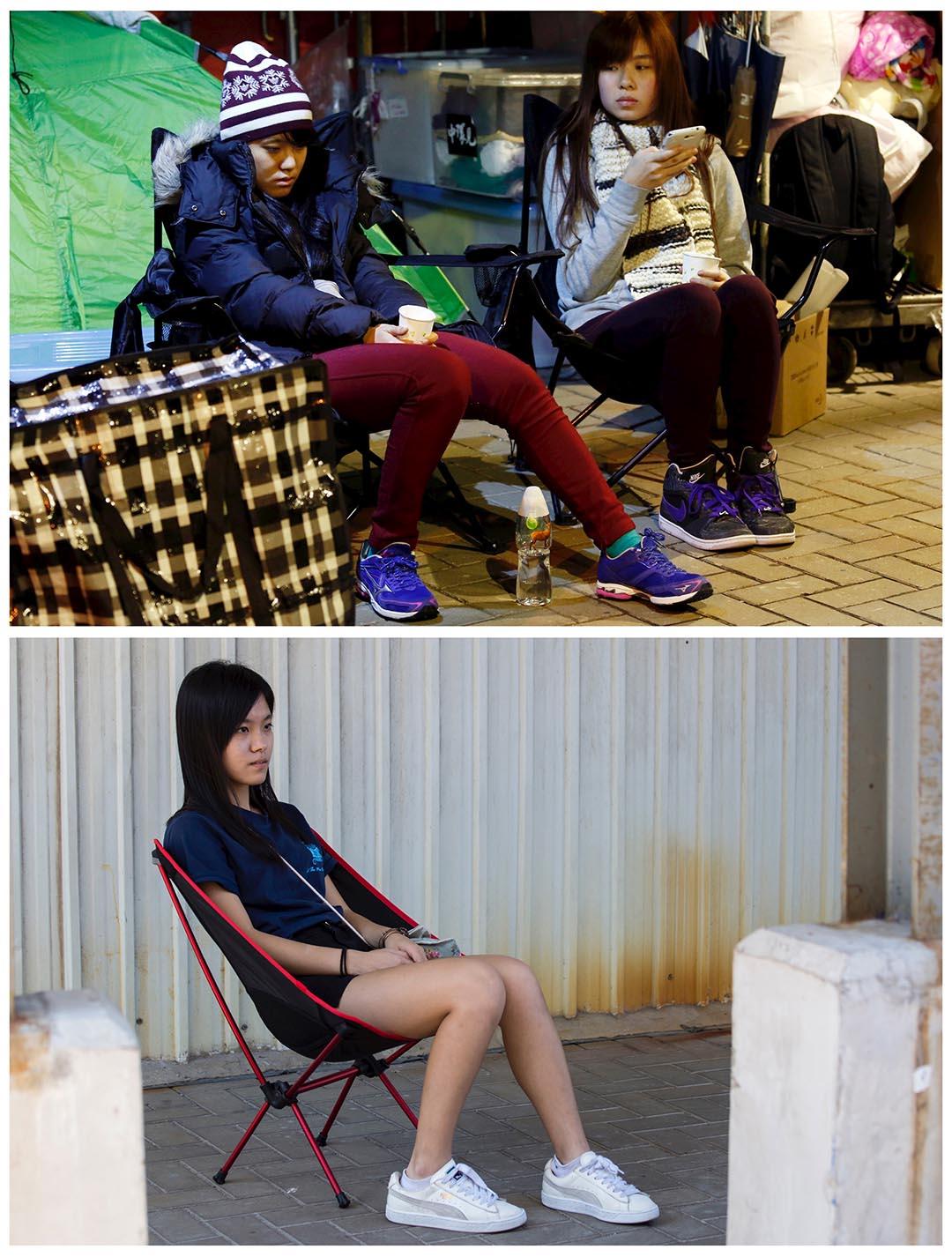 上圖攝於去年12月3日,學民思潮成員黃子悦(左)參與絕食,期間坐在政府總部外休息。下圖攝於今年9月24日,黃子悦坐在與上圖同一地點拍照。她慨嘆:「老一輩常認為,我這一代年輕人,可以目睹香港爭取到民主。但我不會那麼天真地相信我這一代可以等到民主香港來臨。」攝:(上圖)Bobby Yip/REUTERS,(下圖)Tyrone Siu/REUTERS