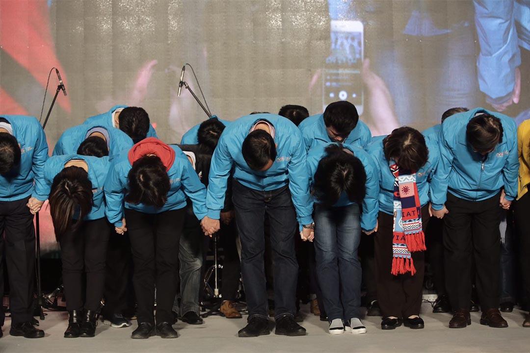 2016年1月16日,台北,國民黨總統候選人朱立倫宣佈落敗。攝:Anthony Kwan/端傳媒