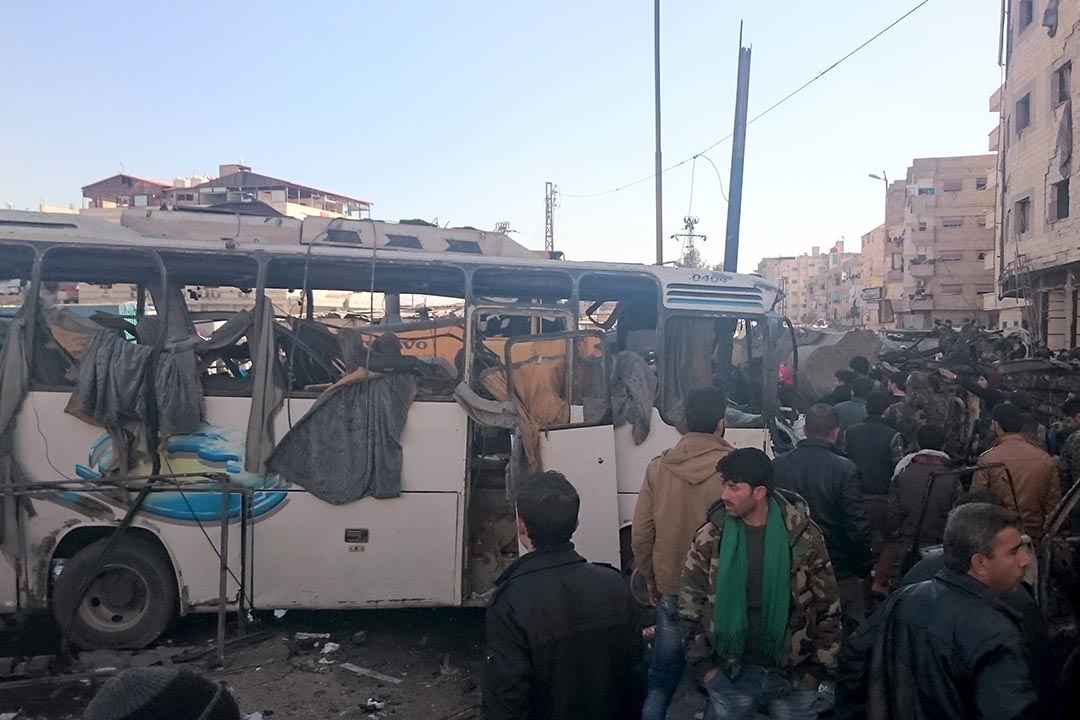 1月31日,敘利亞首都大馬士革南部一個伊斯蘭什葉派聖地遭遇連環炸彈襲擊,造成至少60人死亡。攝:Stringer /REUTERS