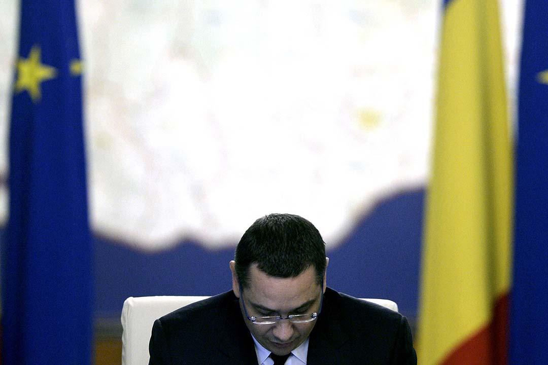 羅馬尼亞總理蓬塔,因為夜總會火災事件宣佈辭職。攝:Octav Ganea/Inquam Photos/REUTERS