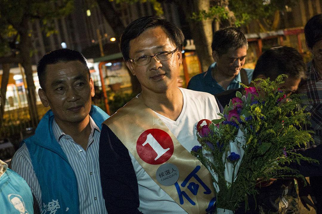 有六名候選人競爭的屯門樂翠選區最終由何君堯勝出。攝:林亦非/端傳媒