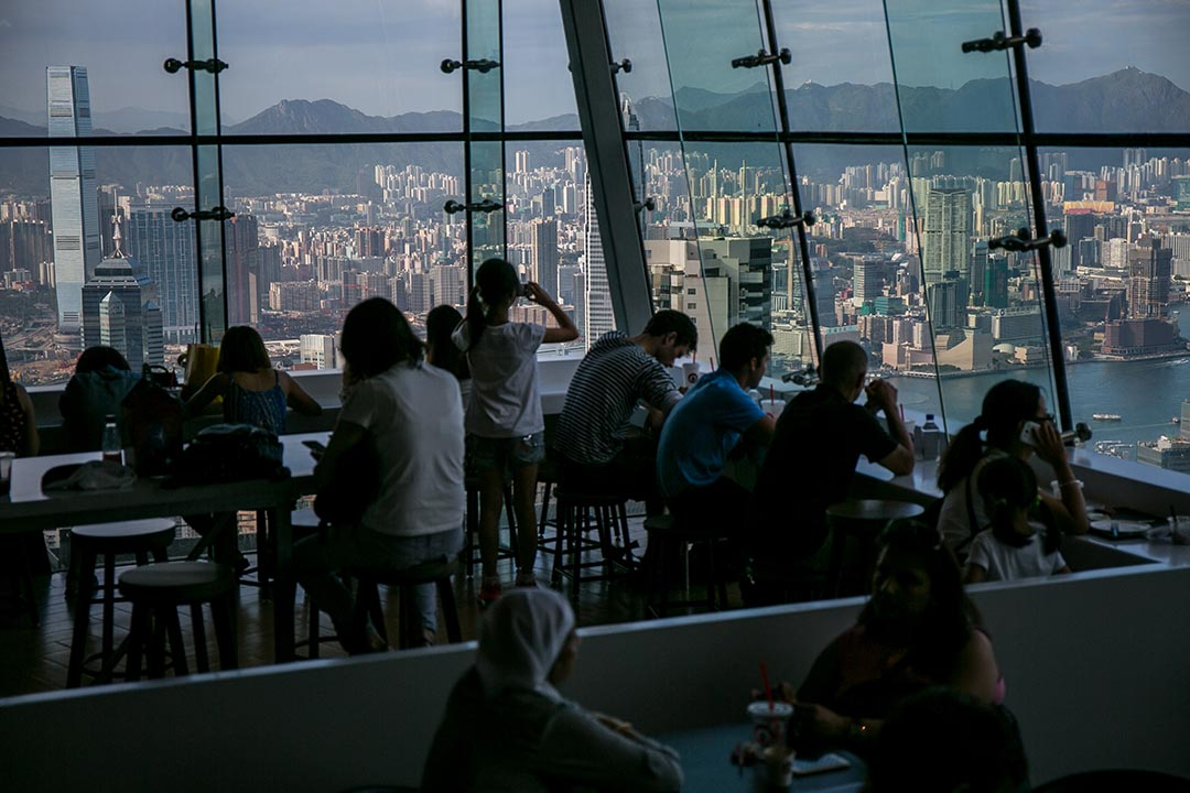 葉健民:說香港研究曾經有過輝煌一刻,又或者今不如昔,值得商榷。圖為香港山頂風景。攝:Billy H.C. Kwok/端傳媒