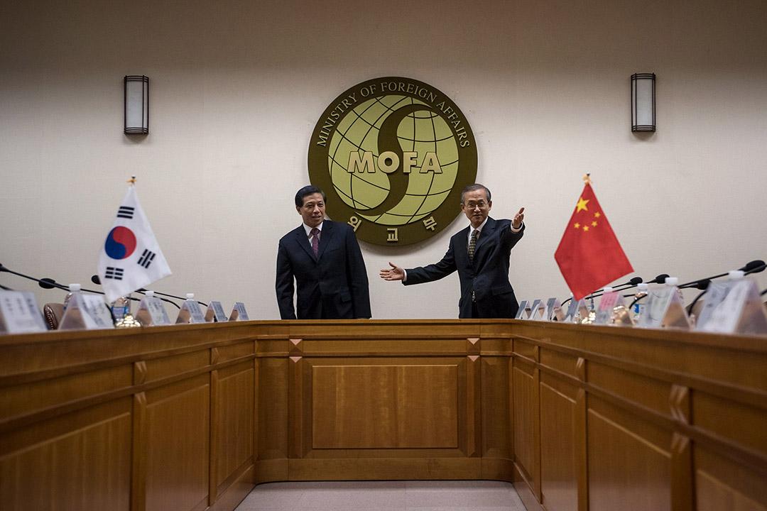 2016年2月16日,南韓首爾,中國外交部副部長張業遂與南韓外交部第一次官林聖男會面,是北韓上月初核試以來,到訪當地的最高級別中方官員。攝:Ed Jones/REUTERS