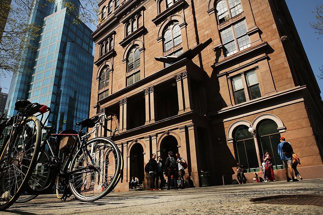美國曼哈頓私立大學柯柏聯盟學院(Cooper Union)校舍。攝:Spencer Platt/GETTY