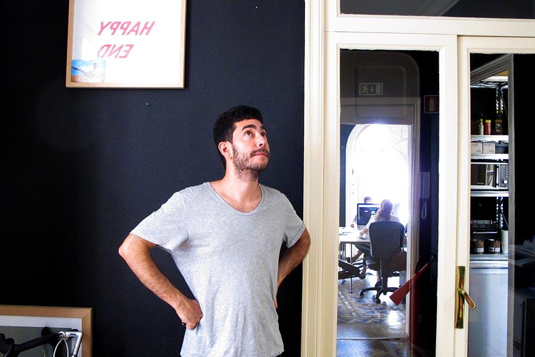 《Apartamento》藝術總監Omar Sosa:「我們在意的是人,因為是人讓居住的空間變成真正的家。」照片提供: 雜誌現場