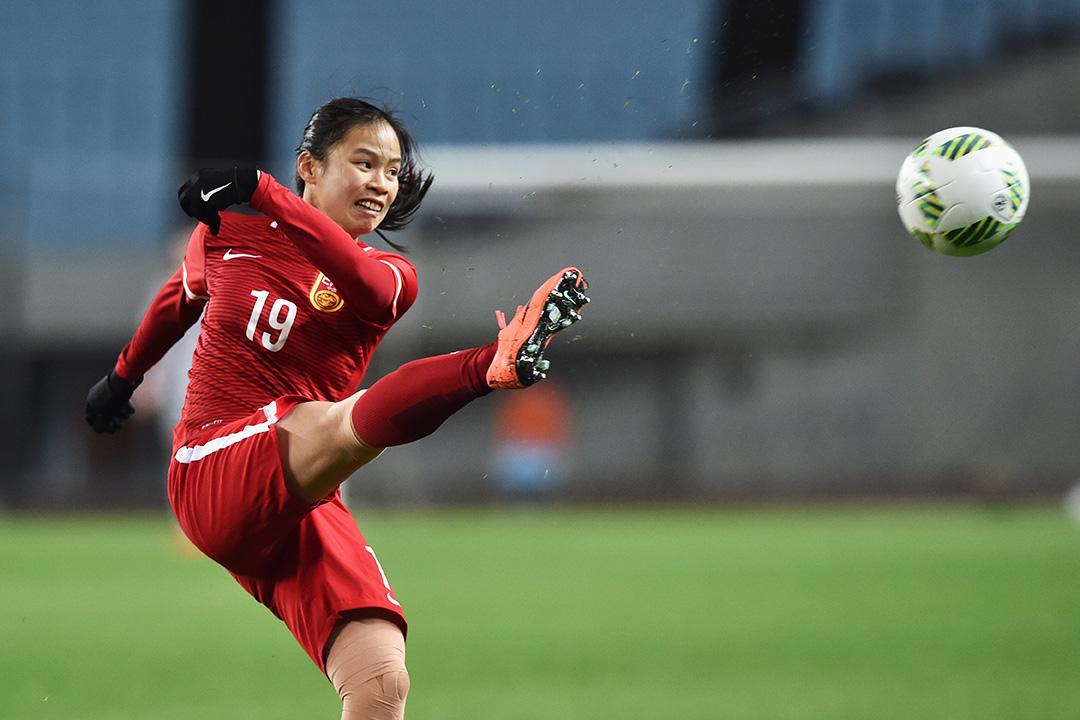 2016年3月9日,里約奧運女子足球亞洲區外圍賽,譚茹殷代表中國女足對戰澳洲,最終打和一比一。澳洲及中國分別奪小組首名和次名,晉級決賽週。攝:Atsushi Tomura/GETTY