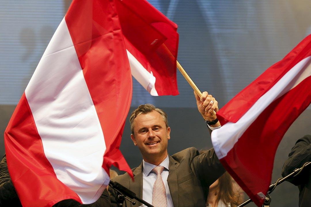 在奧地利4月24日舉行的總統選舉中,極右翼政黨自由黨候選人霍費爾(Norbert Hofer)首輪選舉中領先。攝 : Leonhard Foeger/REUTERS