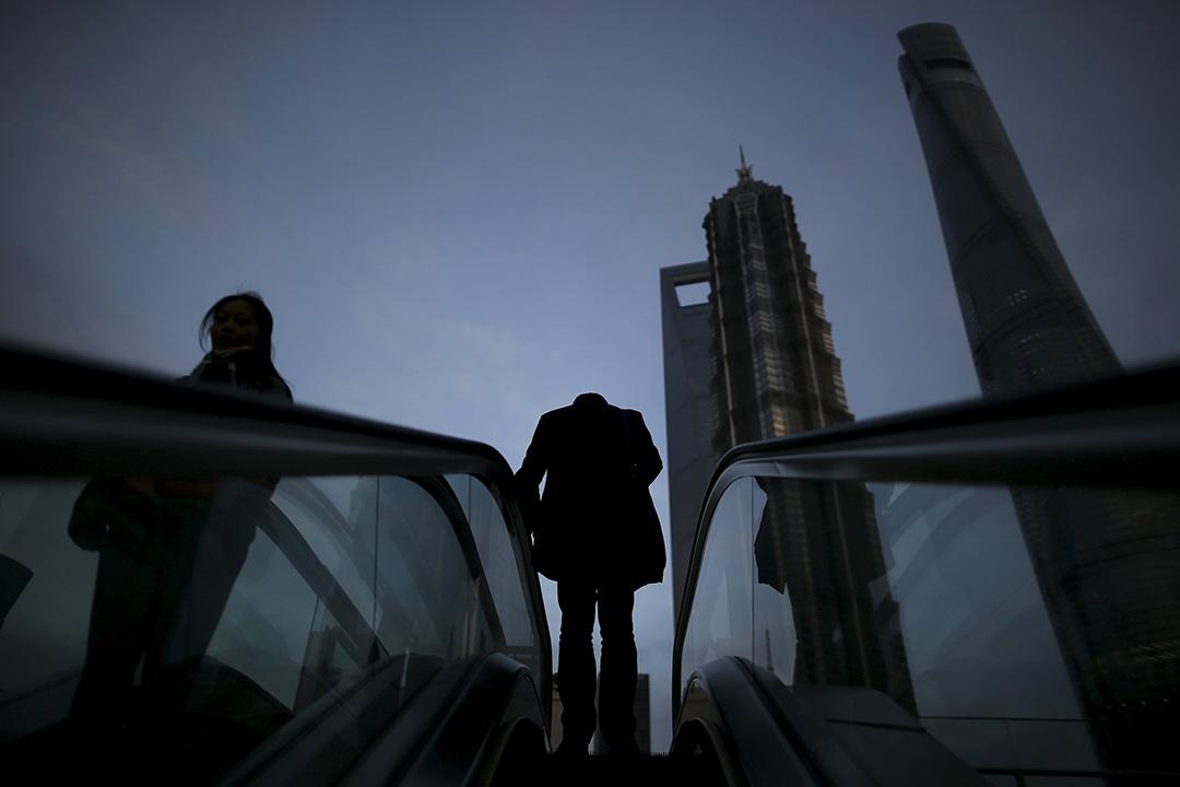 國際評級機構標普日前下調了中國和香港的評級展望。圖為上海浦東商業區。攝:Aly Song/REUTERS