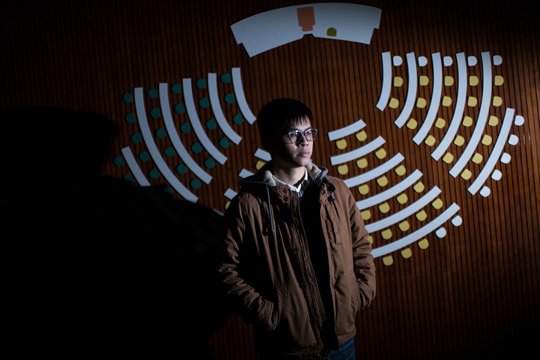 黎汶洛於立法會三樓教育廊。攝:盧翊銘/端傳媒