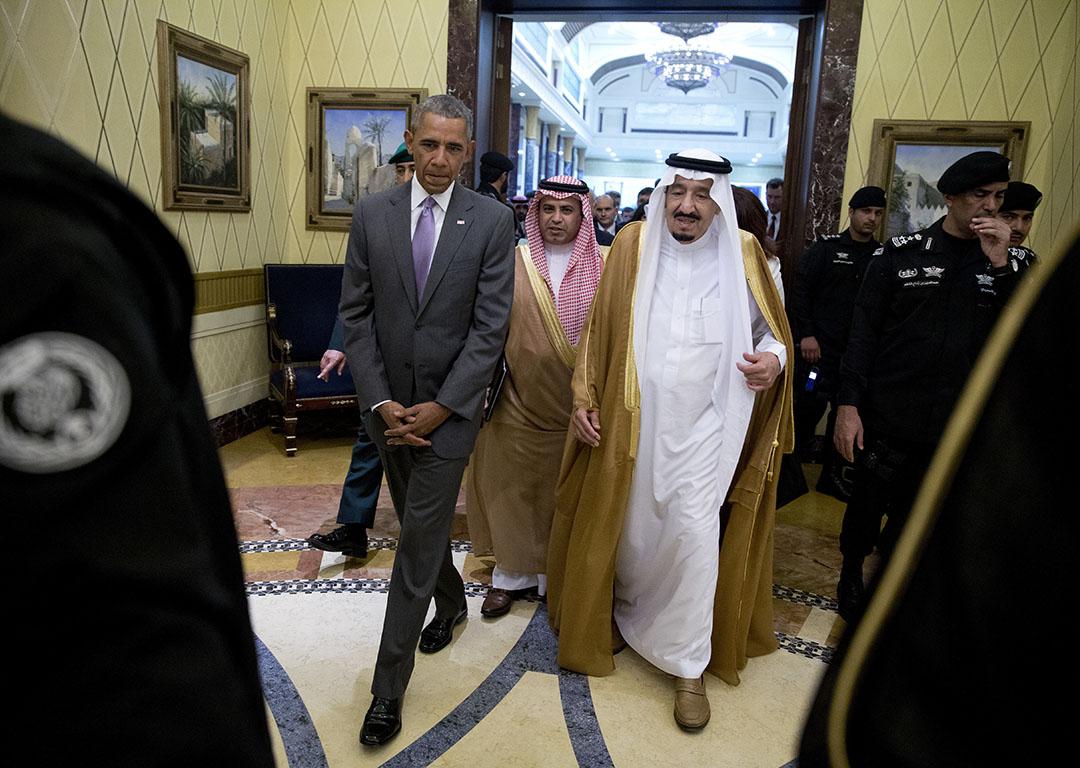 2016年4月20日,到訪沙特的美國總統奧巴馬,與沙特國王薩爾曼舉行了兩個半小時左右的會談。攝:Carolyn Kaster/AP