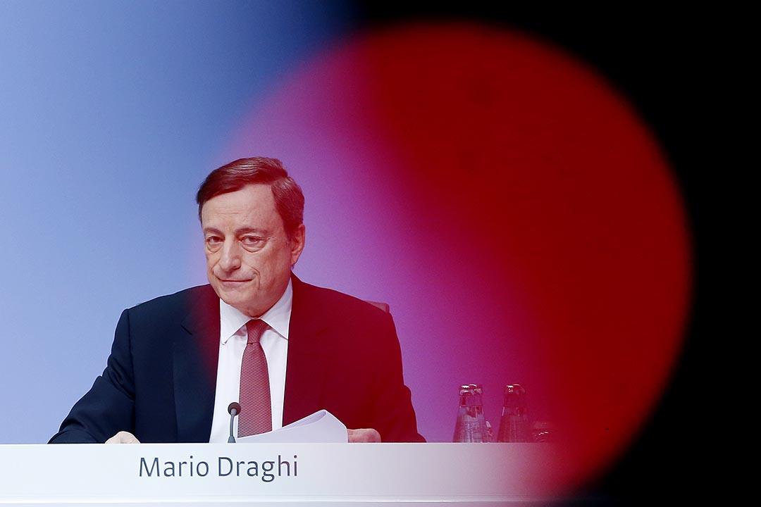 歐洲央行行長德拉吉(Mario Draghi)在歐洲央行議息會議後,舉行新聞發布會。攝 : Michael Probst/AP
