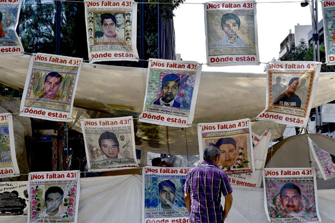 墨西哥43名學生失蹤案的獨立調查小組再發報告,質疑官方調查。攝 : Yuri Cortez/AFP