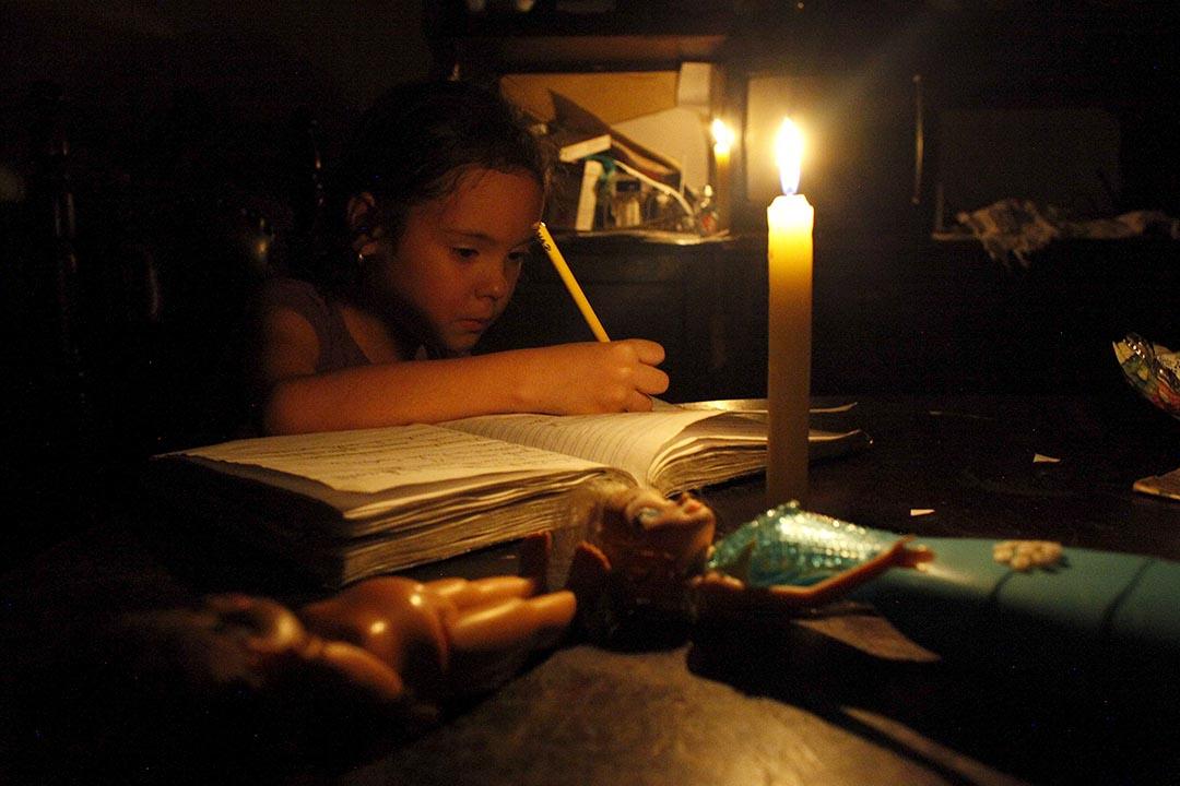 委內瑞拉因電力緊缺等問題而陷入危機。攝:Carlos Eduardo Ramirez/REUTERS