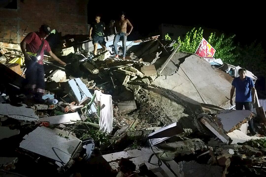 厄瓜多爾當地時間4月16日晚8時發生的黎克特制7.8級(即台灣芮氏規模7.8)地震,已確認至少246人死亡,超過2500人受傷。攝 : Patricio Ramos/REUTERS