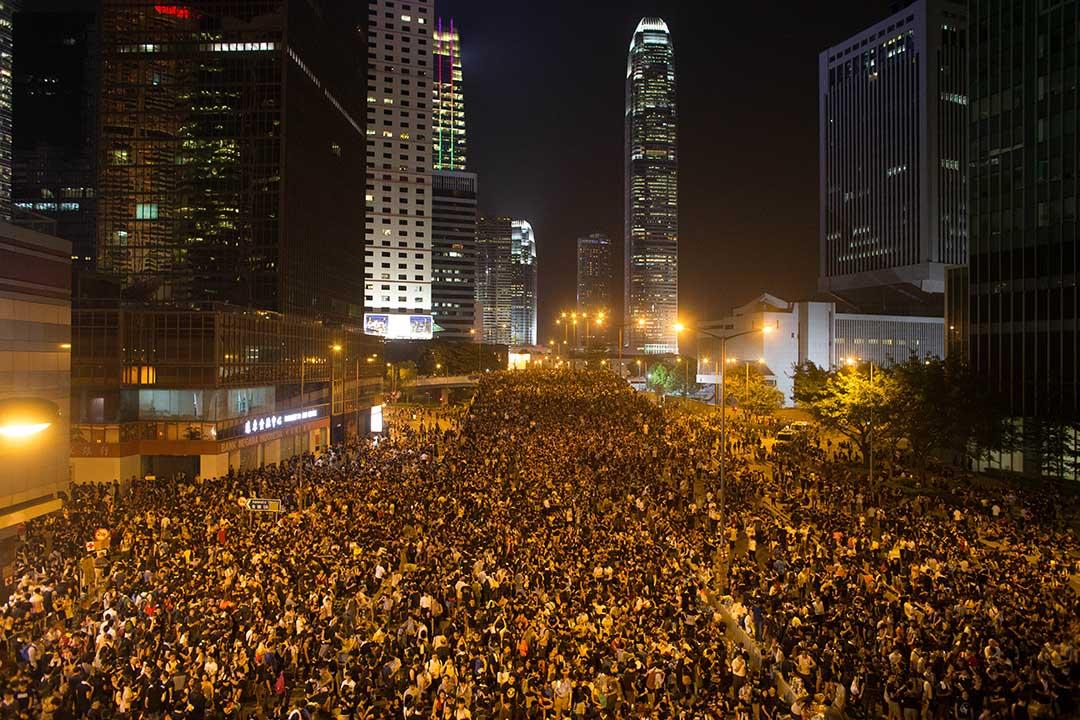 現在香港的處境是,面對大陸的壓力,感到要確立一種清楚的「人我之辨」,要界定「純正香港」,但當具體進行的時候,便發現原來很多人也不完全「純種」。