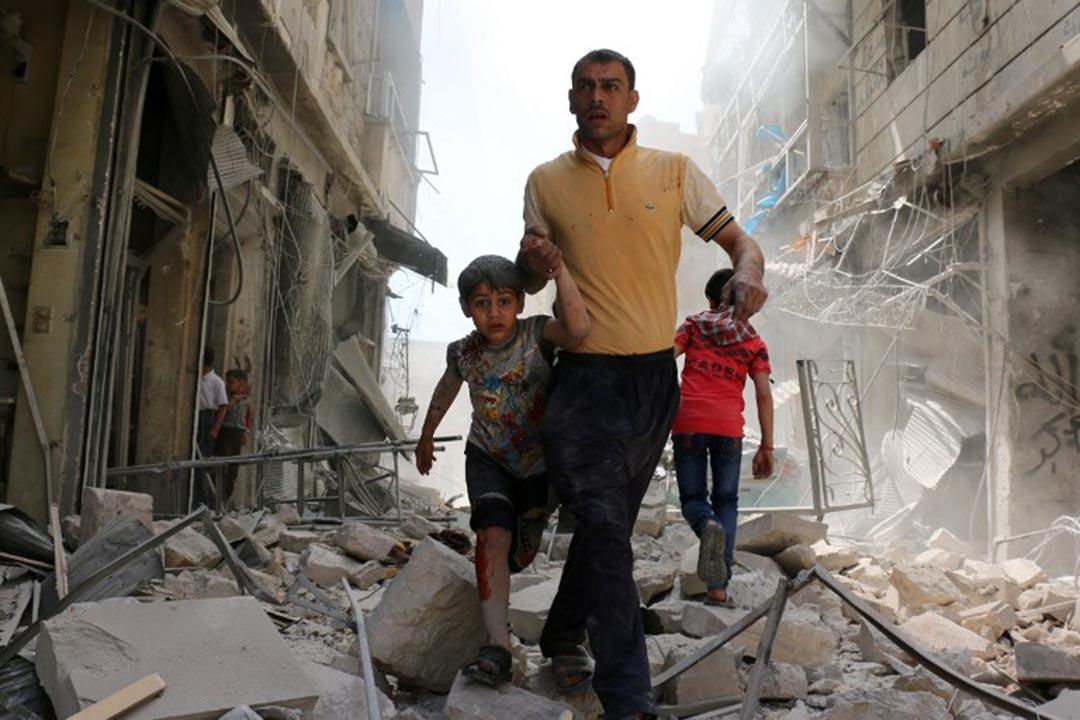 非政府組織「阻止武裝暴力行動」(Action on Armed Violence)發布報告指,越來越多的平民在爆炸襲擊中死亡。攝:AMEER ALHALBI/AFP