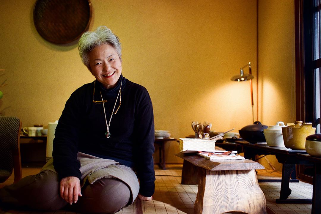 我在京都遇到的人都很親切友善。這位優雅的婆婆,在京都市北區開設陶藝店,聽到剛巧內進閒逛的我說對京都傳統町家感興趣,竟邀我進店後方的家參觀。照片由林琪香提供