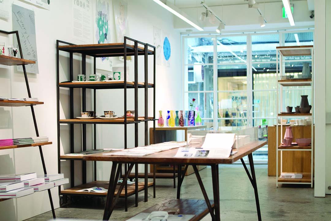KIGI在小器藝廊的展覽,展示過去所創作的系列作品。