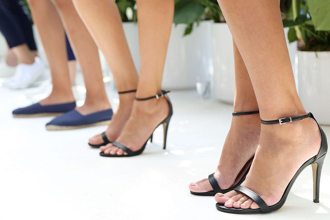 普華永道(PwC)在倫敦的全球總部強製女性員工穿高跟鞋。