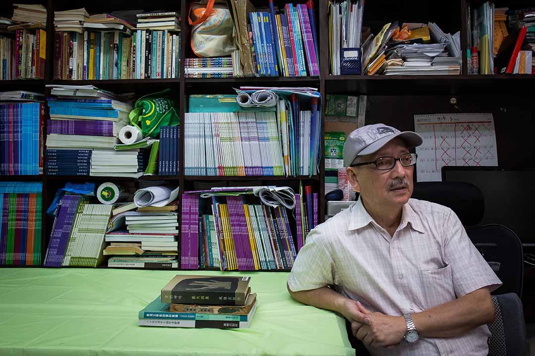 關夢南,原名關木衡,資深文學工作者、詩人、專欄作家。