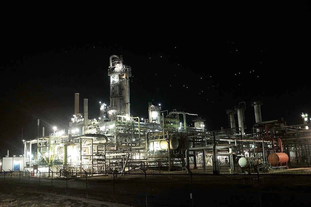圖為美國德克薩斯州一間煉油廠。