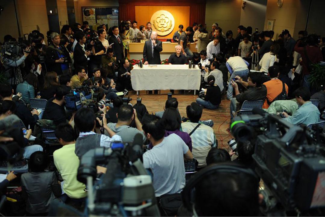 圖為台灣媒體採訪情況。