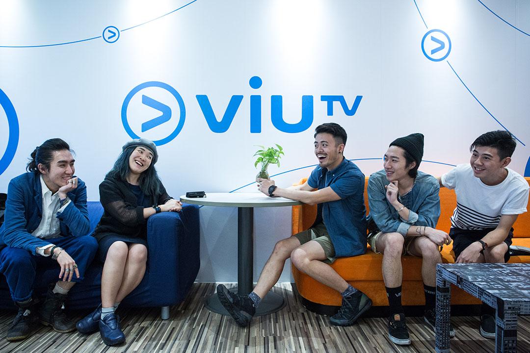 ViuTV 衝三小製作團隊。攝:盧翊銘/端傳媒