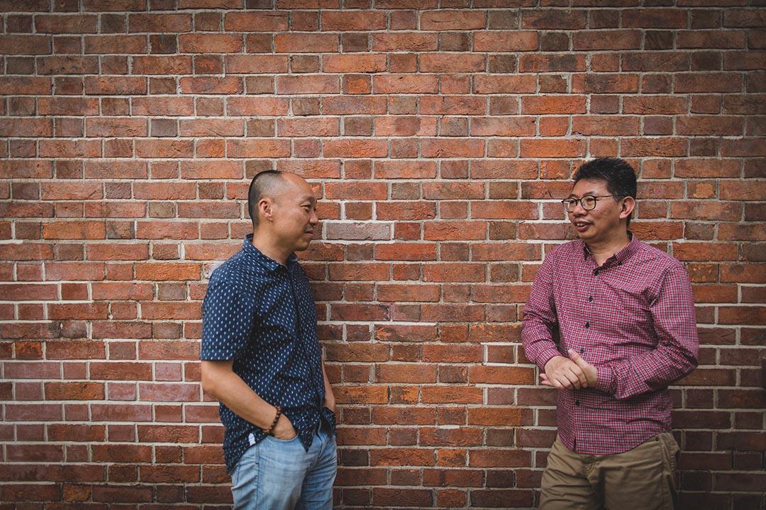 戲劇導演陳炳釗與戲劇導演小西對談。