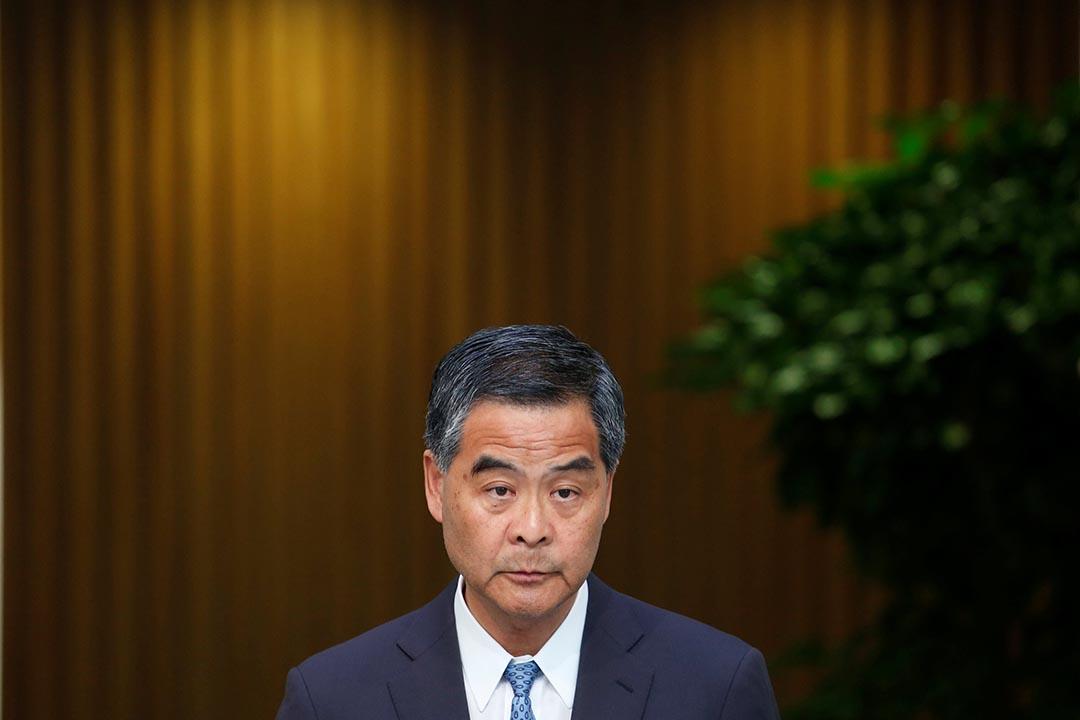 香港特首梁振英會見傳媒,回應有關林榮基的事件。