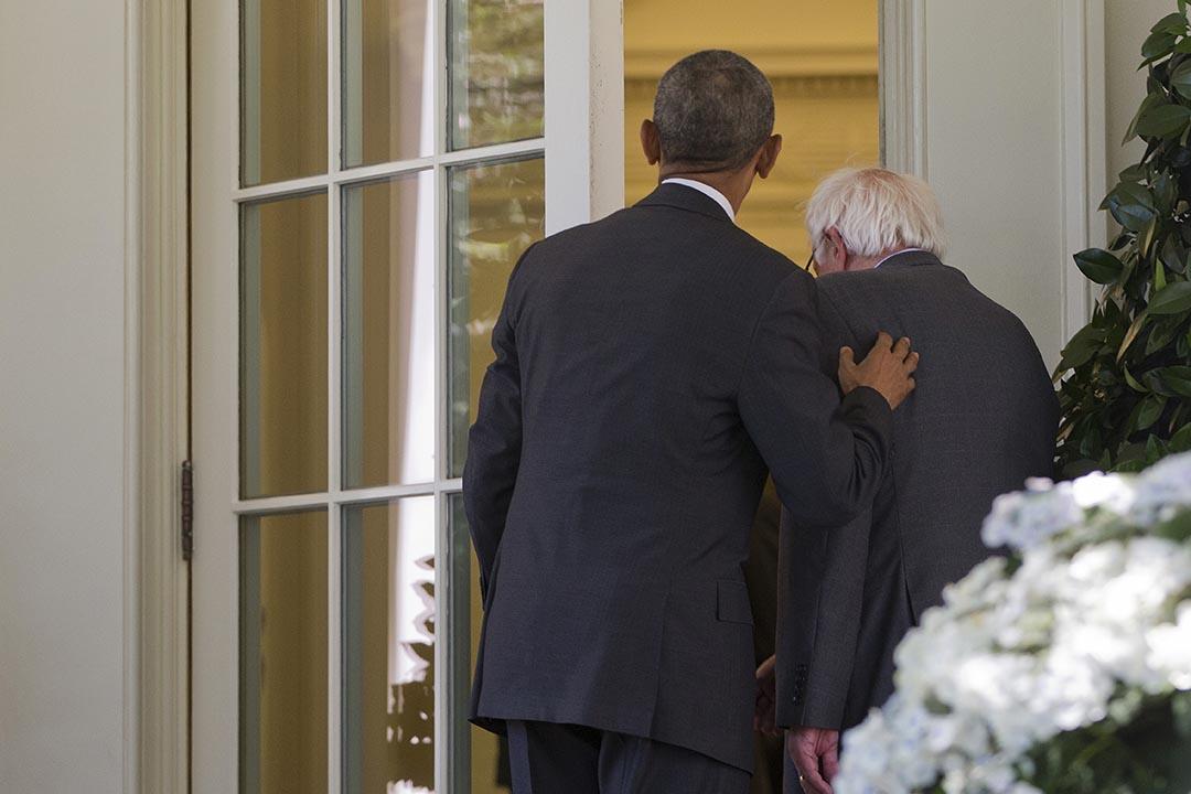 美國總統奧巴馬與民主黨總統參選人桑德斯(Bernie Sanders)會面。