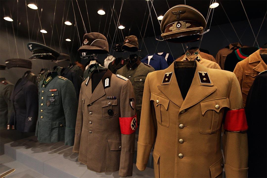 2010年10月13日,德國柏林歷史博物館內展示希特勒的制服。