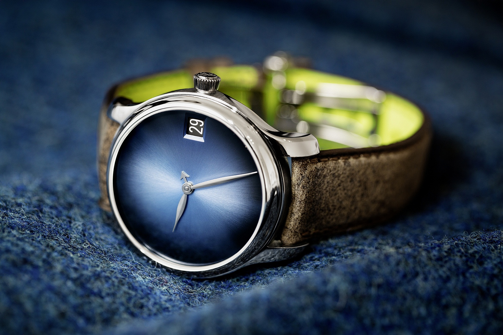 H. Moser & Cie.的煙薰錶盤(fumé dials)設計,是極具魅力的視覺享受。