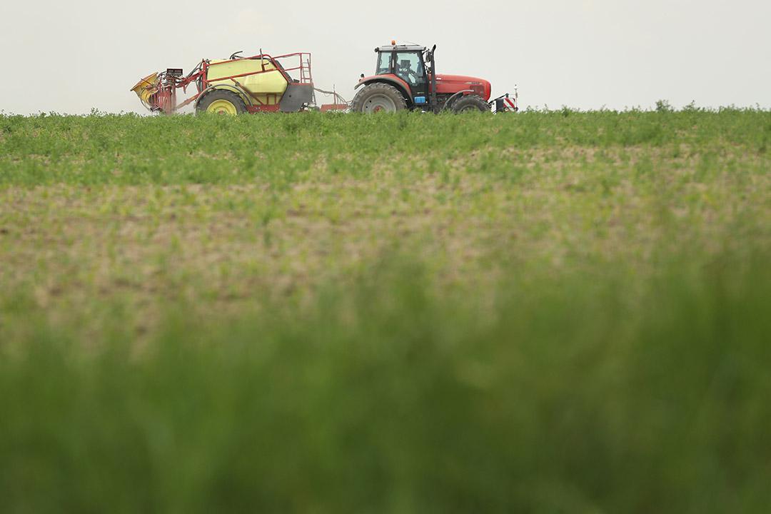 拜耳併購孟山都牽動全球糧食體系的布局,而付出代價的可能是全球數以萬計的糧食生產者、消費者、和被工業化農業所改變的自然環境。