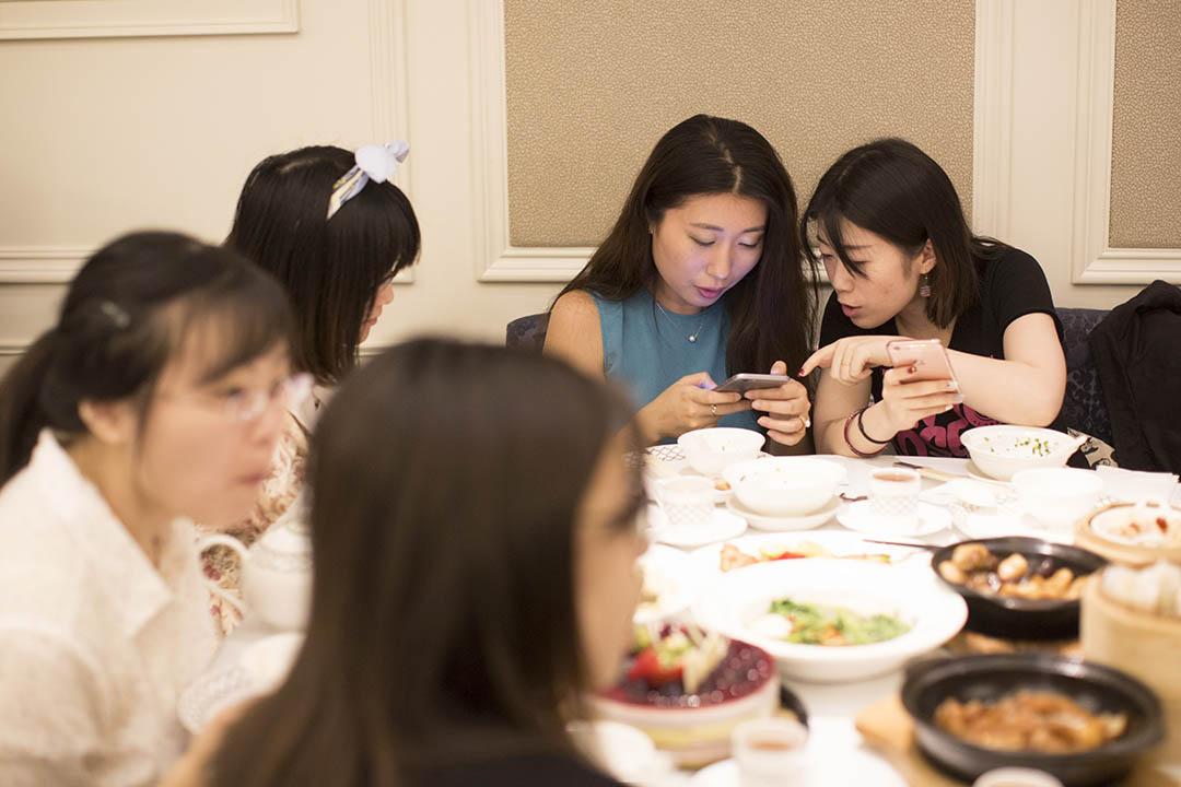 「港漂」5年的同學聚會。