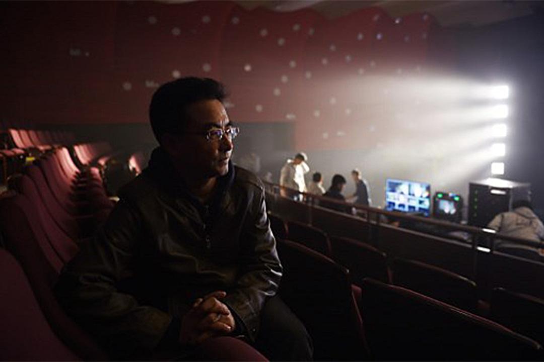 著名藏族導演萬瑪才旦在西寧機場被警方帶走。圖為2015年11月12日, 萬瑪才旦在北京電影學院出席其電影《塔洛》的放映活動。