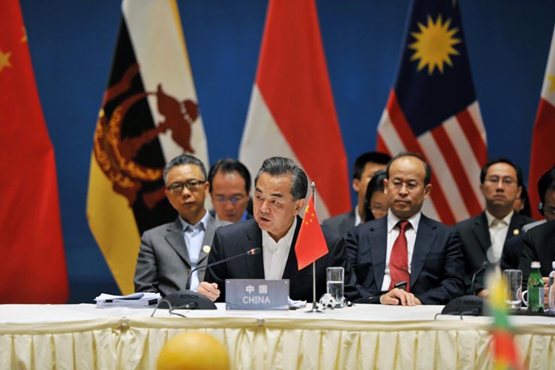中國外長王毅出席東盟國家外長特別會議。