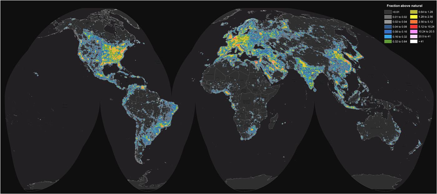 全球光害分佈圖。