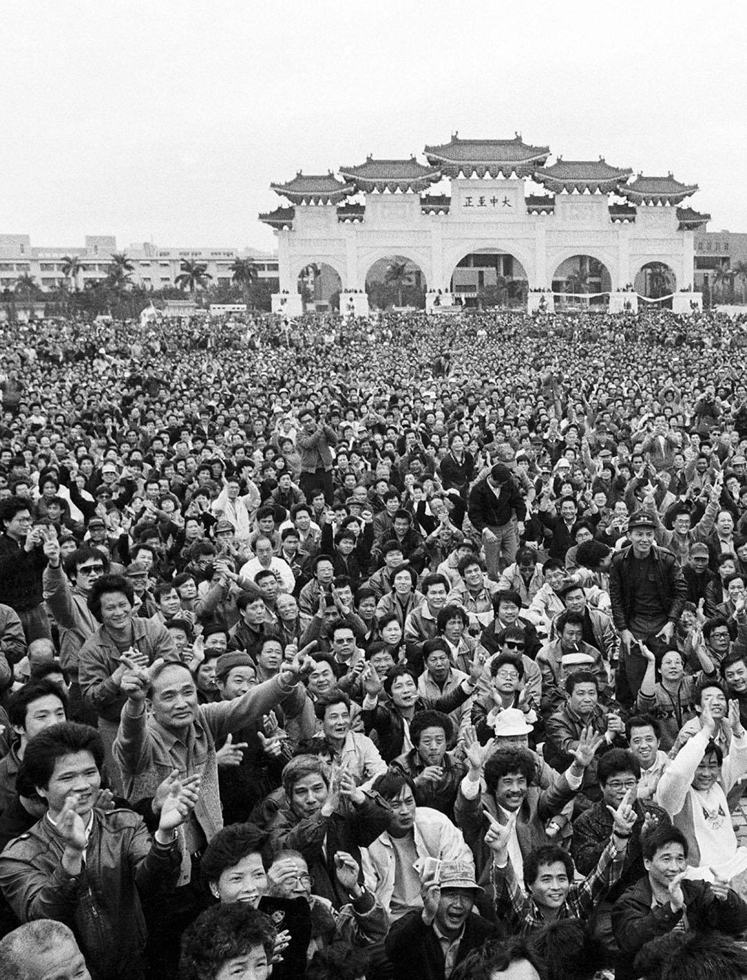 台灣「野百合學運」。