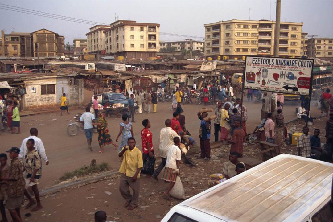 圖為西非尼日利亞城市奥尼查的街道。