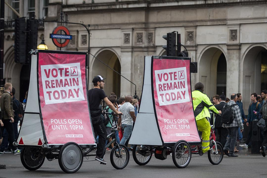 呼籲選民投票的宣傳車。