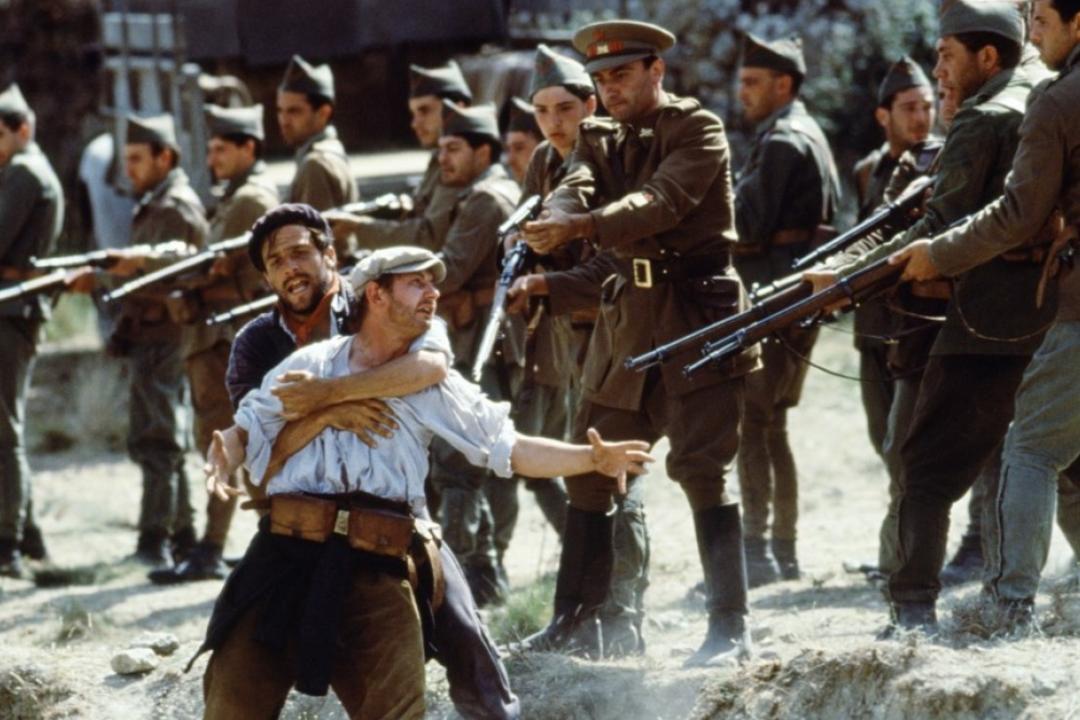 電影《土地與自由》(Land and Freedom)對左翼革命分子從軍對抗佛朗哥法西斯軍隊的刻劃。