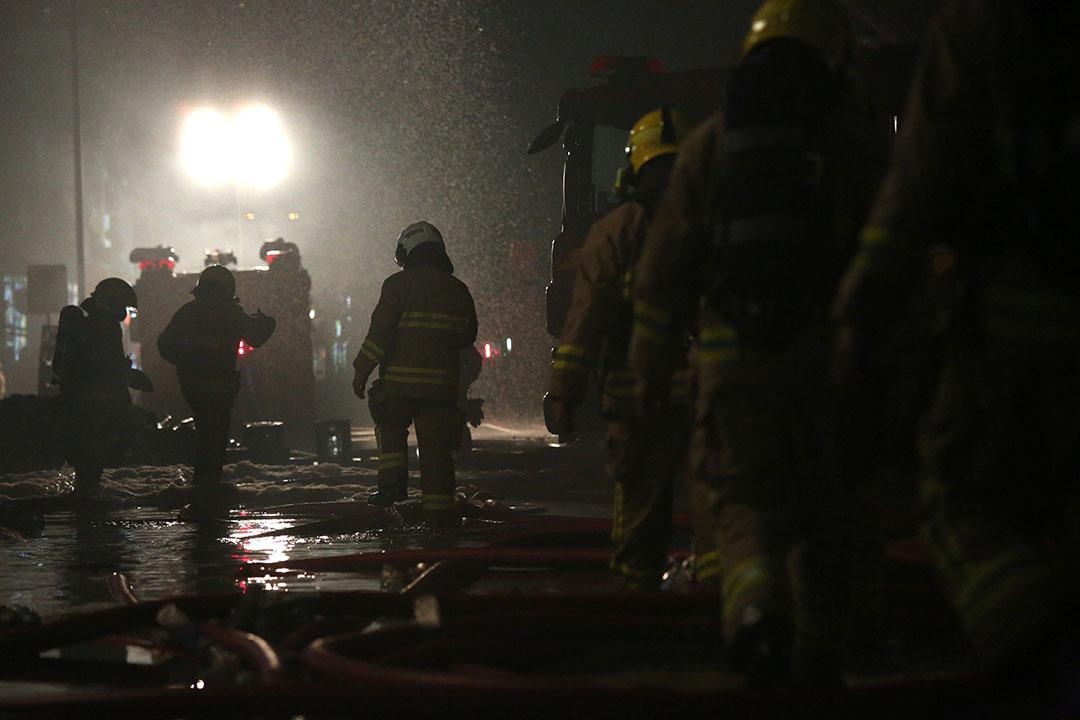 淘大工業村第1座的時昌迷你倉發生的四級火警,先後造成2名消防員殉職。