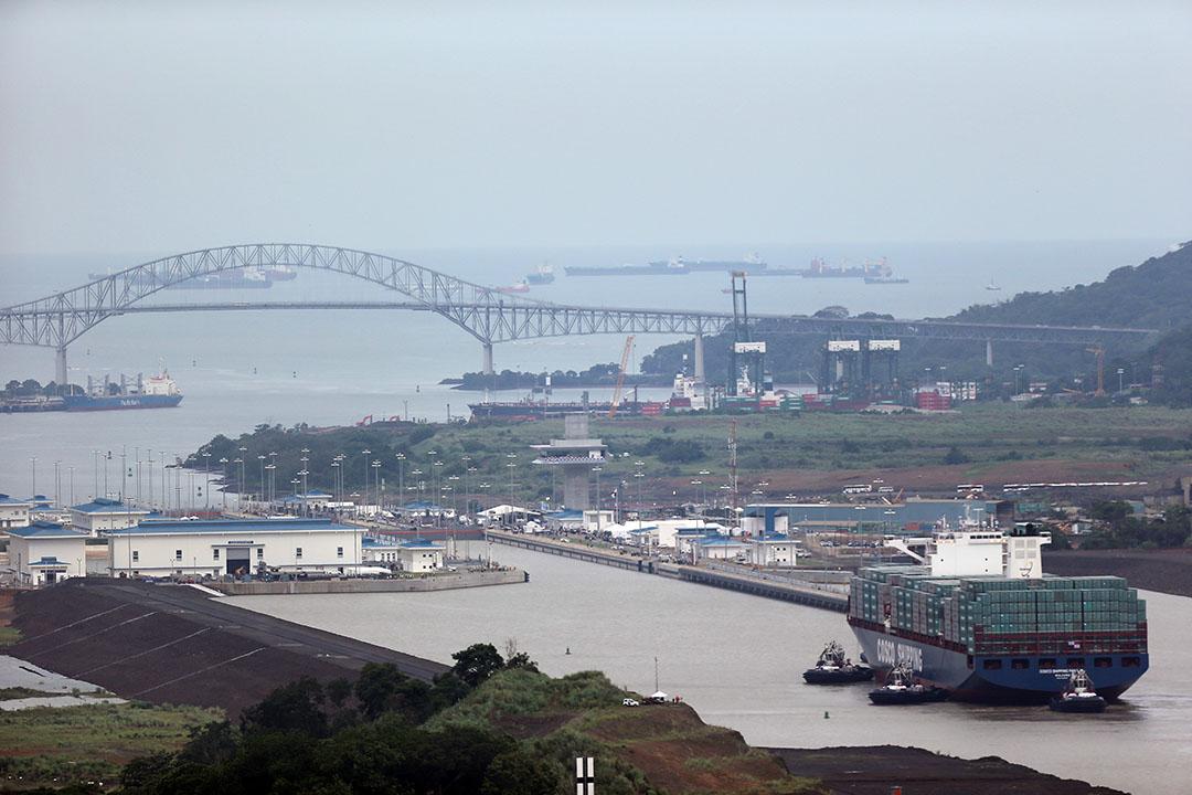 耗資52億美元的巴拿馬運河拓寬工程竣工。