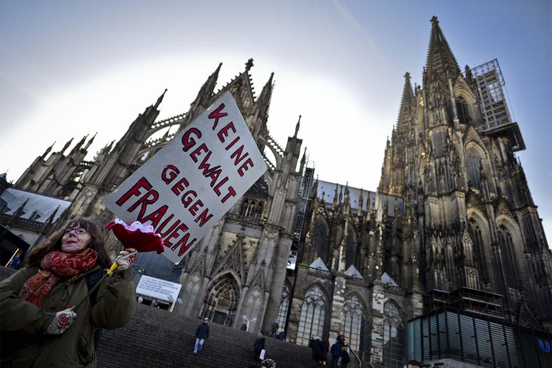 圖為2016年1月9日,德國科隆,示威者抗議性侵事件。