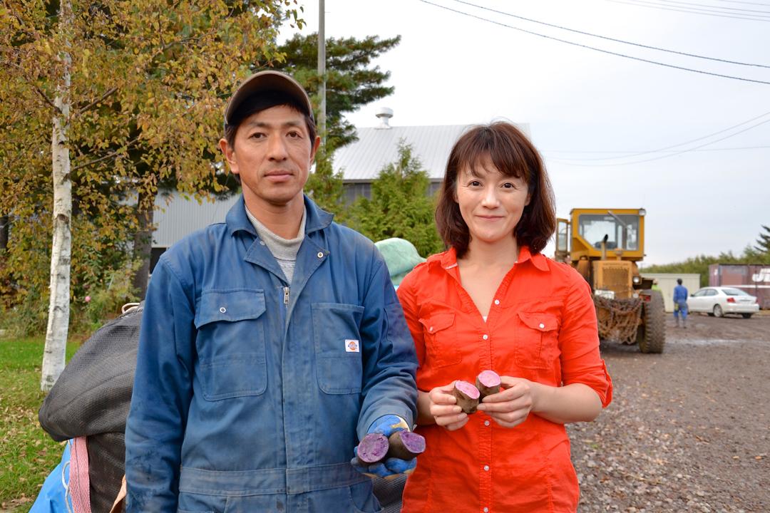 村上夫婦一個專注於栽種儲藏最美味的薯仔,一個負責將他們的心血結晶,珍而重之推廣到各地。
