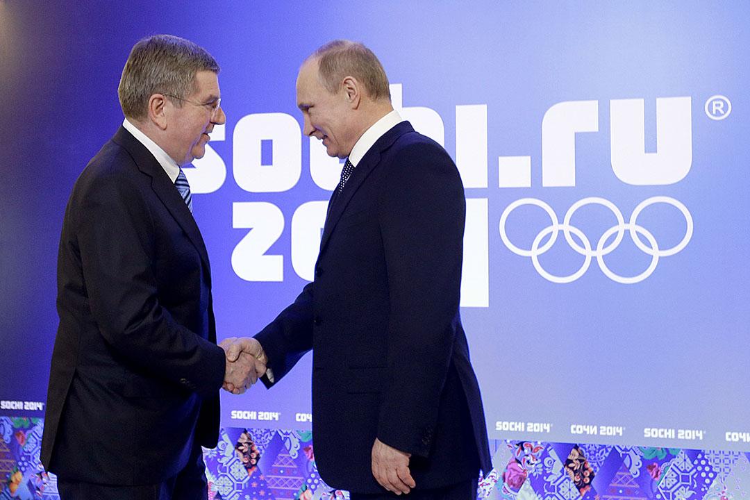 圖為2014冬季奧運會期間俄羅斯總統普京與國際奧委會主席托马斯·巴赫(Thomas Bach)會面。