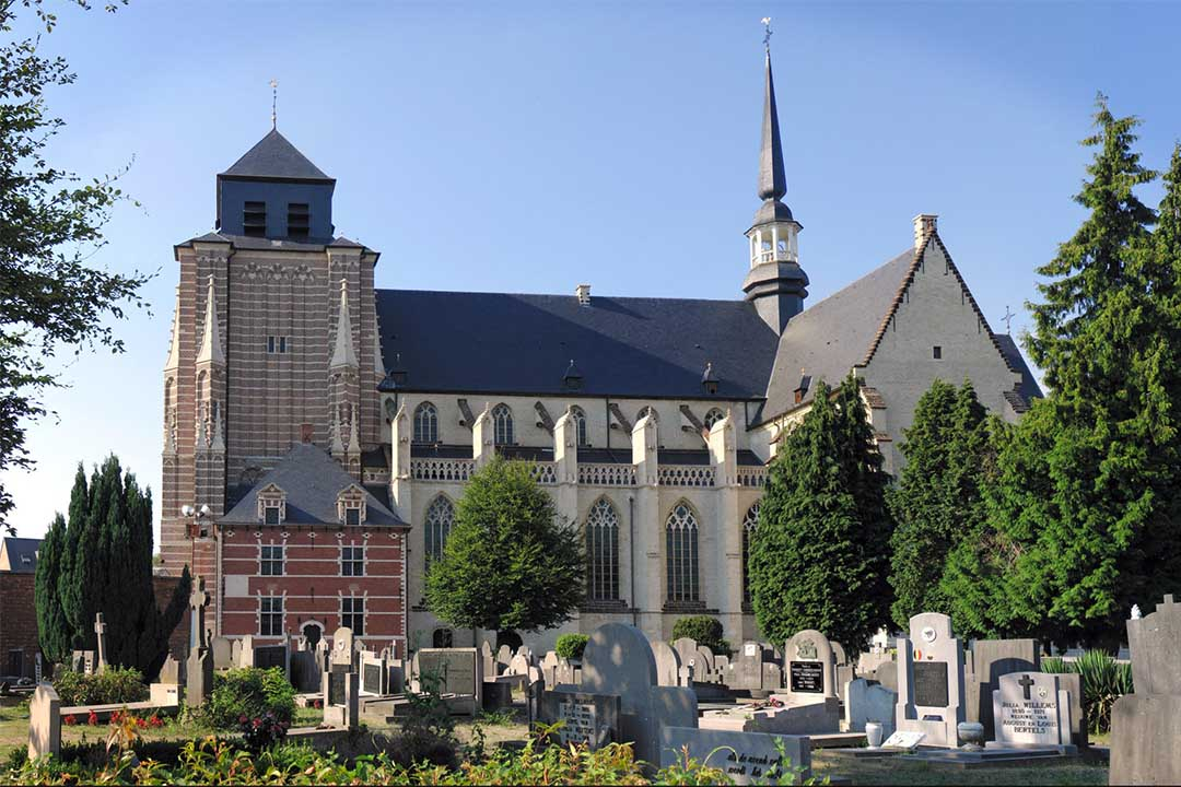 比利時赫爾一間教堂多年來收容精神病患者。