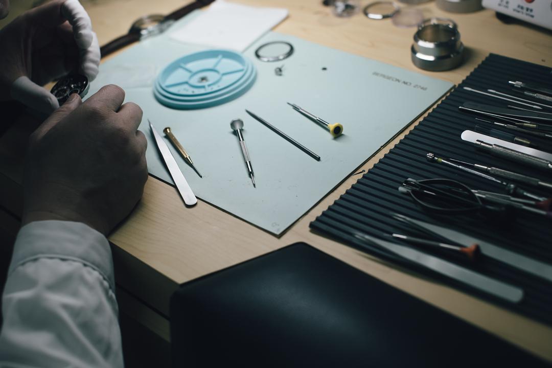 唯有結構設計與生產流程中的每一個環節都妥善無誤,製錶師方能為腕錶設定精準的速率。